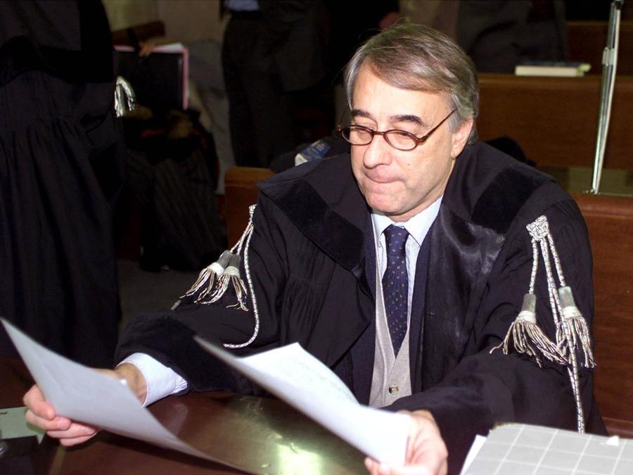 Giuliano Pisapia (DAL ZENNARO/ANSA/TO)