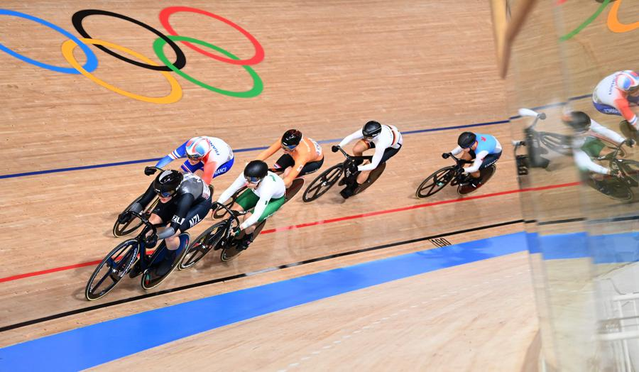 Ciclismo su pista femminile (Photo by Peter PARKS / AFP)