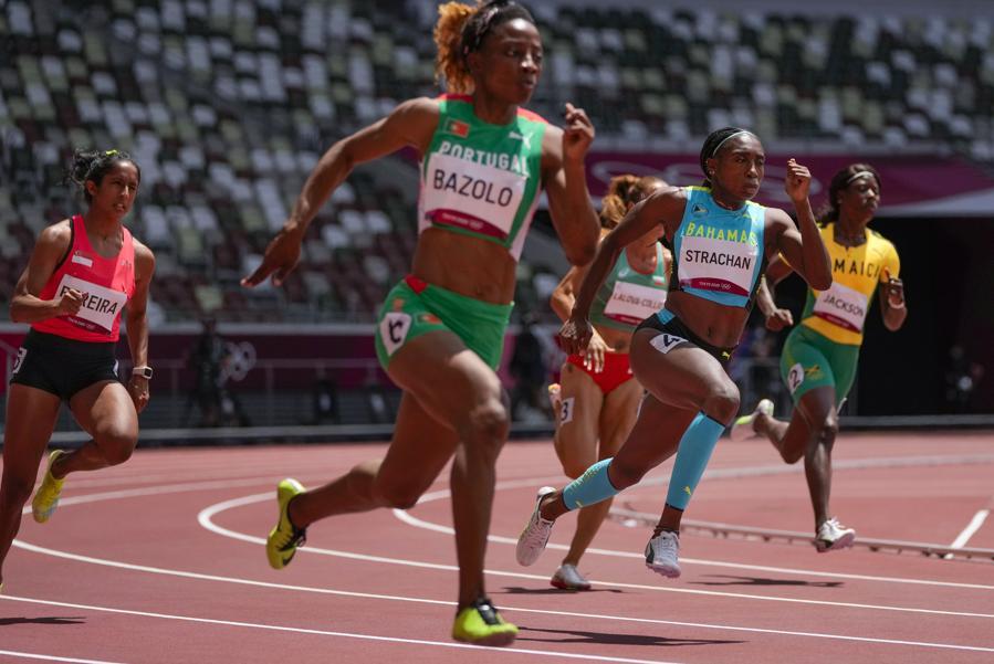 Corsa 200metri donne  (AP Photo/Francisco Seco)