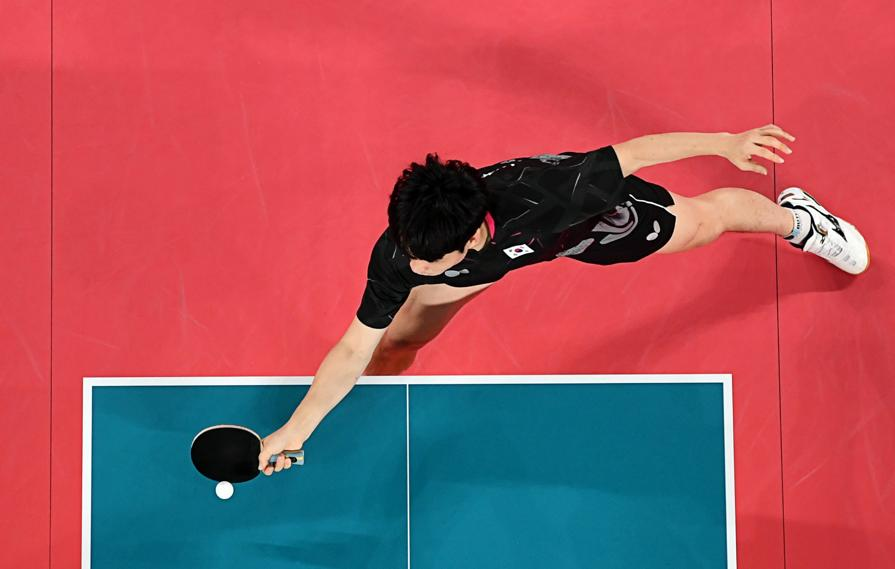 Tennis da tavolo maschile (REUTERS/Antonin Thuillier)