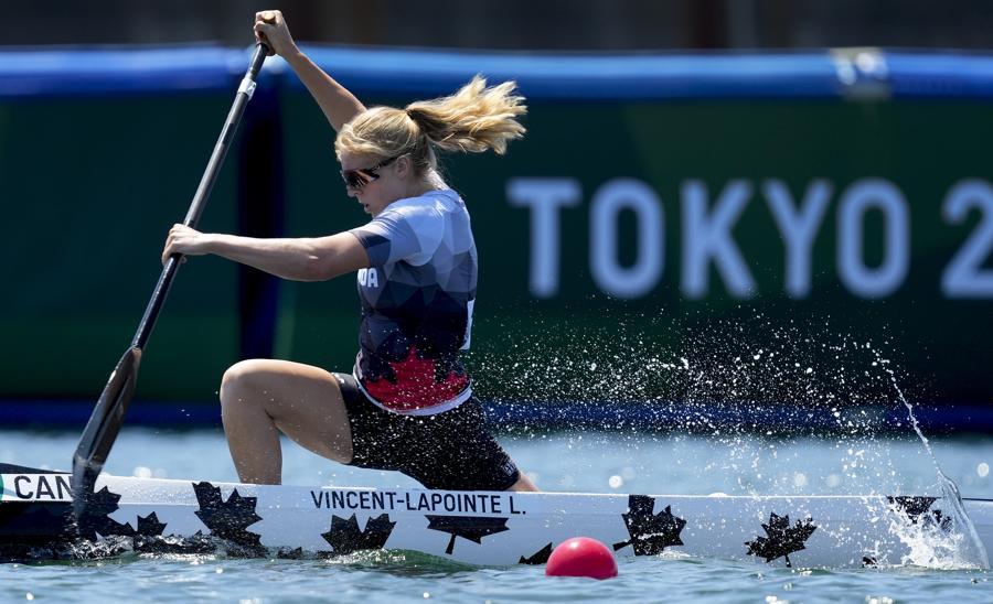 Canoa canadese - individuele femminile  200m (AP Photo/Darron Cummings)