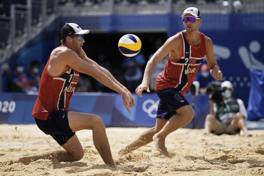 Beach volley maschile (AP Photo/Felipe Dana)