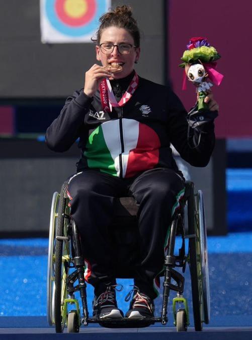 Maria Andrea Virgilio ha conquistato la medaglia di bronzo nel tiro con l'arco (compound open) alle Paralimpiadi di Tokyo. La 24enne di Trapani ha sconfitto per 142-139 la russa Stepanida Artakhinova. Si tratta della ventottesima medaglia azzurra a questi Giochi di Tokyo. (ANSA/izzi/)