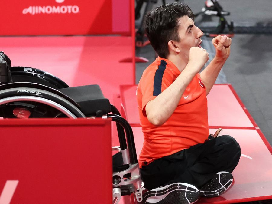 Tennis tavolo, uomini. medaglia d'oro a Abdullah Ozturk della Turchia (REUTERS/Ivan Alvarado)