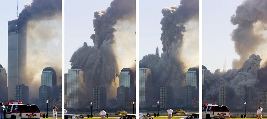 Un collage di foto mostra la torre rimanente del World Trade Center di New York che si dissolve in una nuvola di polvere e detriti, circa mezz'ora dopo il crollo della prima torre gemella, vista dall'altra parte del fiume Hudson a Jersey City. (Reuters /Ray Stubblebine)