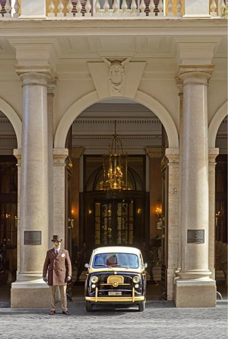 St Regis Roma. Entrance