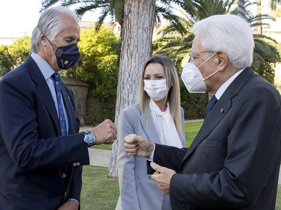 Il Presidente della Repubblica Sergio Mattarella con Giovanni Malagò (ANSA/ Francesco Ammendola - Ufficio per la Stampa e la Comunicazione della Presidenza della Repubblica)