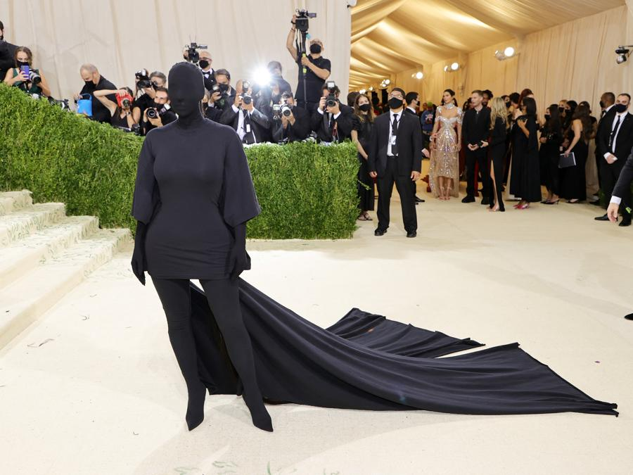 Kim Kardashian  in Balenciaga (Photo by Mike Coppola / Getty images North America  / Getty Images via AFP)
