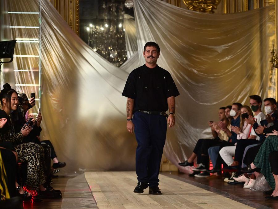 Il fashion designer Fausto Puglisi (Photo by MIGUEL MEDINA / AFP)