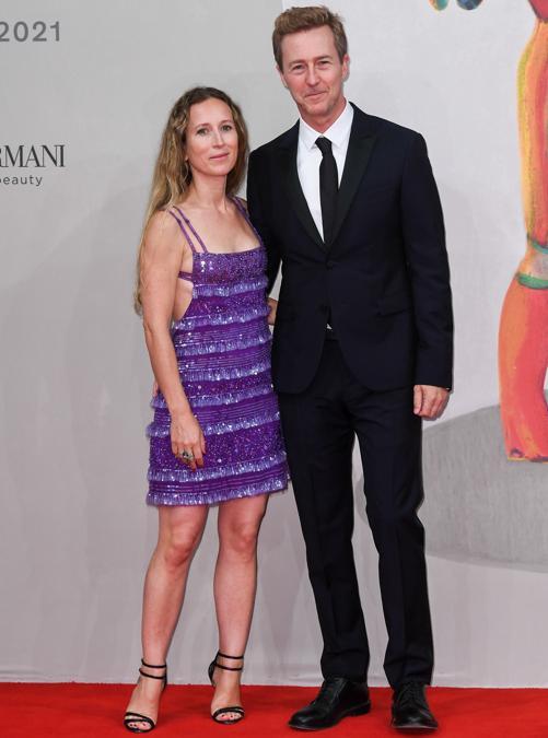 Edward Norton (in Valentino) con Shauna Robertson