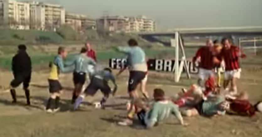 ,,,non solo calcio  Frame-fantozzi_partita-835