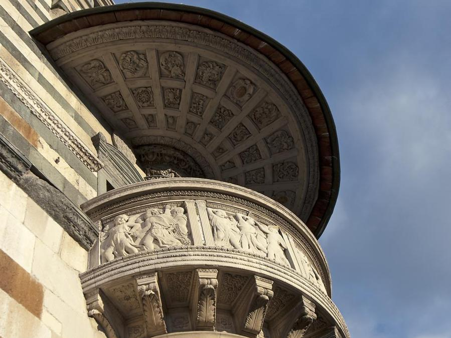 Facciata del Duomo, pulpito di Donatello (ph Andrea Biancalani)