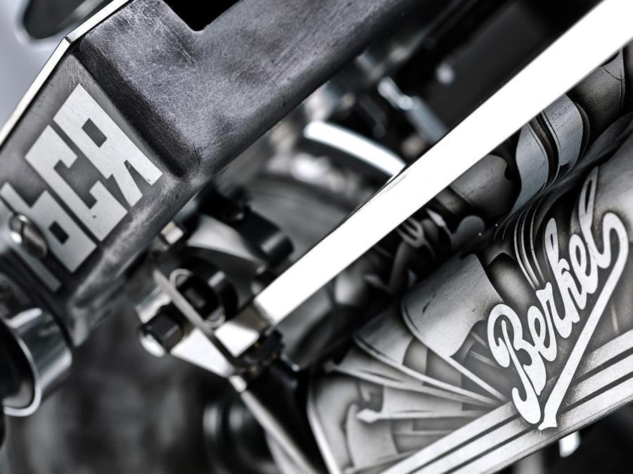 """Particolare della volano B114 che interpreta il """"ventennio"""" 1898-1918. Dal 19 al 21 ottobre al Museo della Scienza e della Tecnologia """"Leonardo da Vinci"""" di Milano. Berkel festeggia il proprio 120° anniversario con un viaggio nel tempo"""