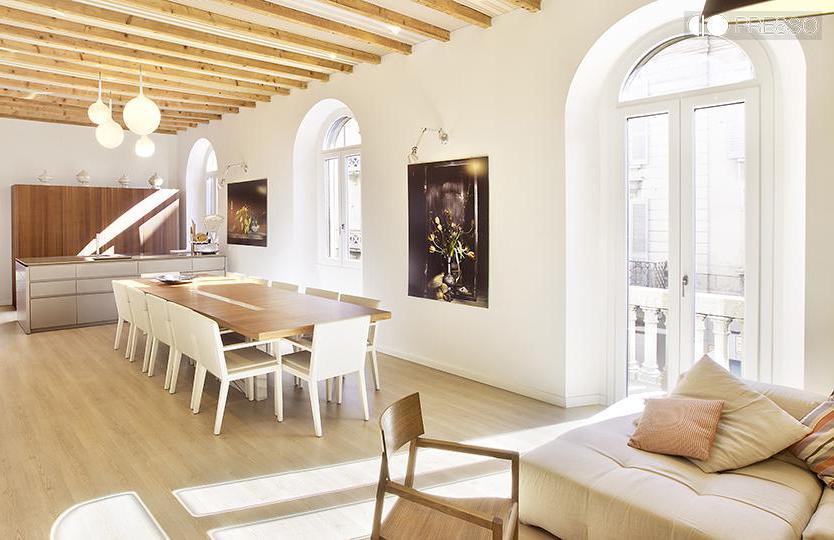 Casa Luxury. È la più grande delle case proposte dal format Presso: 130 metri quadrati tra cucina open space, salotto e sala cinema. Può accogliere 16 persone sedute