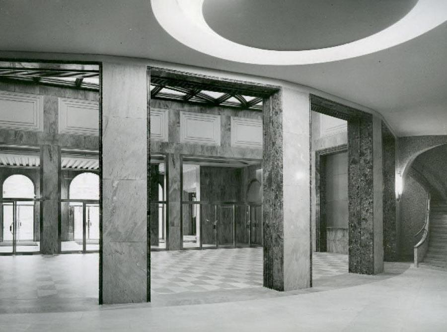 Salone della sede di Milano, Piazza Cordusio, 1953