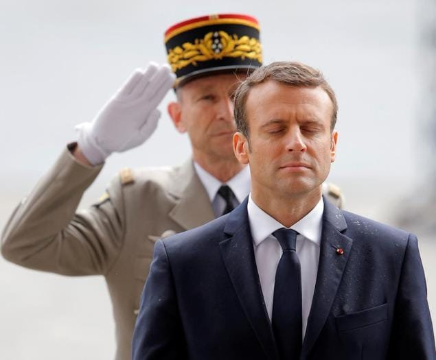 Macron, le foto del Presidente più giovane