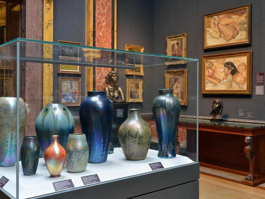 Tiffany glass on display in Gallery One (© The Fitzwilliam Museum - University of Cambridge)