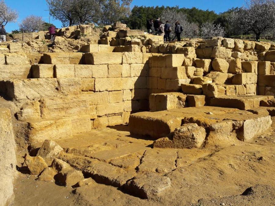 Agrigento, teatro ellenistico, settore di sud-ovest