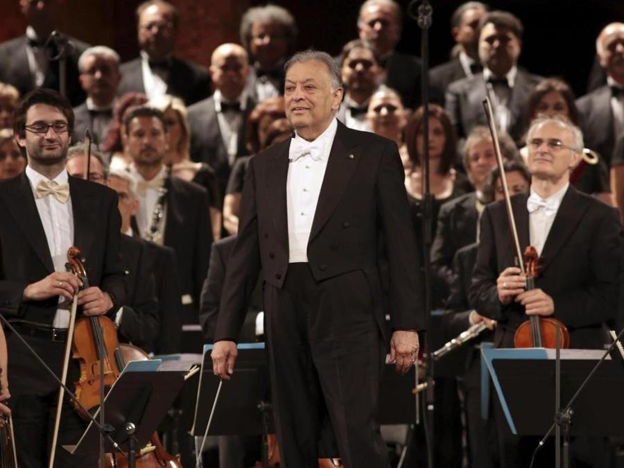 Zubin Mehta al San Carlo Theatre Chorus e l'Orchestra a Granada -  EPA/PEPE TORRES