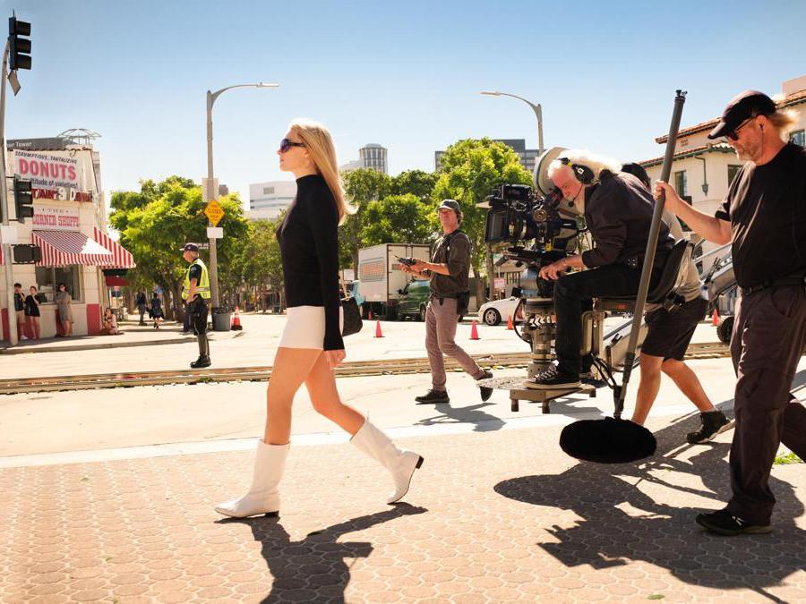 Margot  Robbie durante le riprese del nuovo film di Quentin Tarantino «C'era una volta a Hollywood»