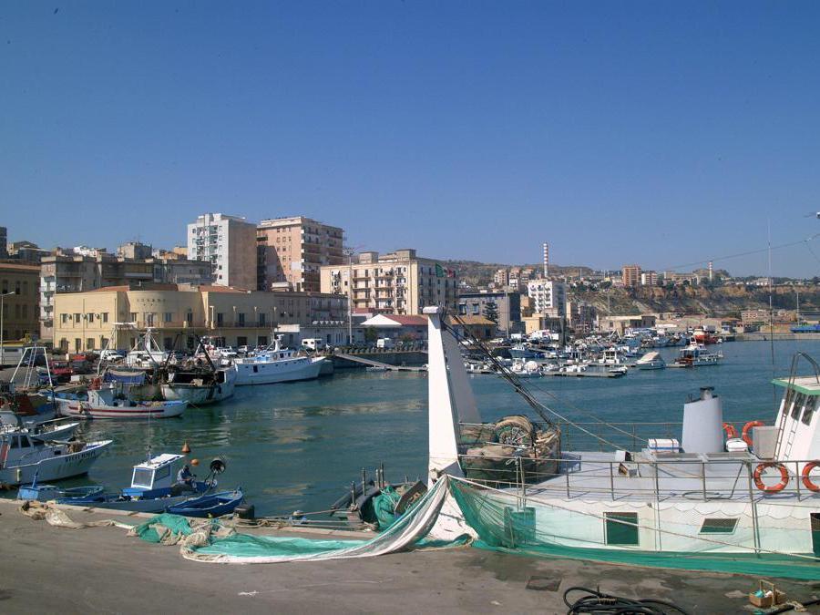 2008, Porto Empedocle (Agrigento). La città del commissario Montalbano (Fotogramma)