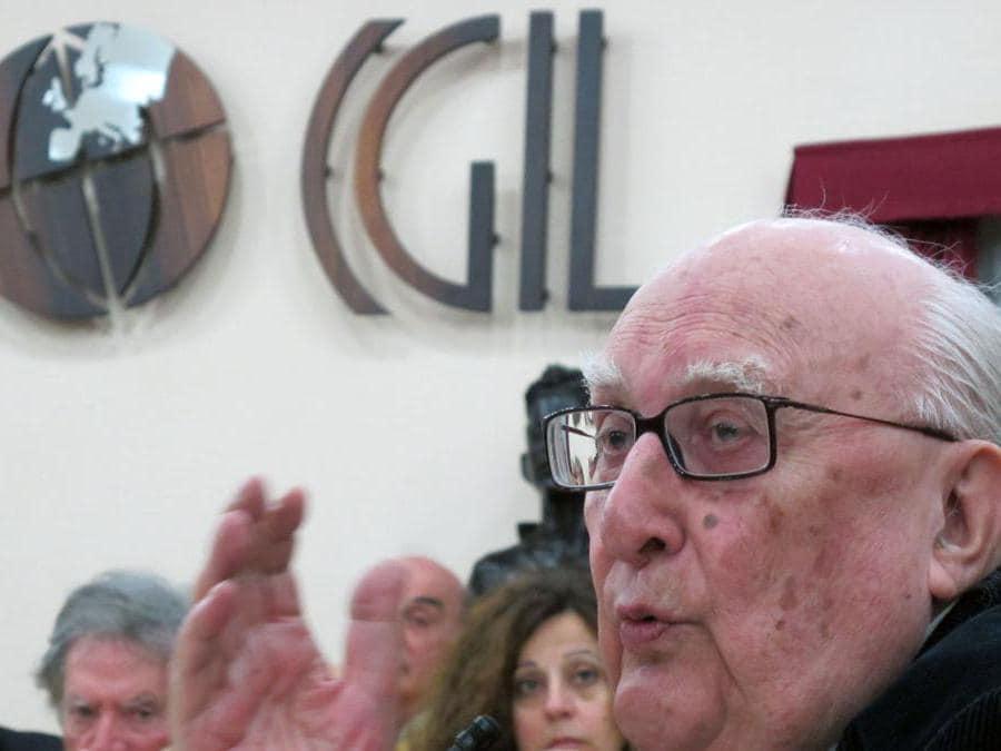 2011, Roma, festa per i 150 anni dell'Unità d'Italia organizzata dalla Cgil. Andrea Camilleri al dibattito Il lavoro salvera l'Italia(Ansa)