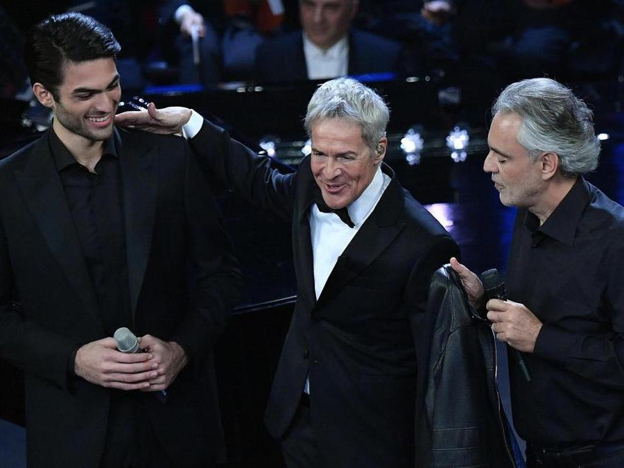 Matteo Bocelli, Claudio Baglioni e  Andrea Bocelli.  (Ansa / Ettore Ferrari)