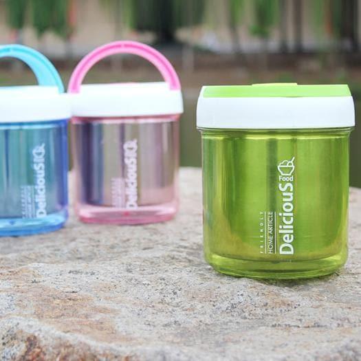 """Con il cesto design o il box """"veg"""", tutte le nuove forme del picnic di Pasqua"""