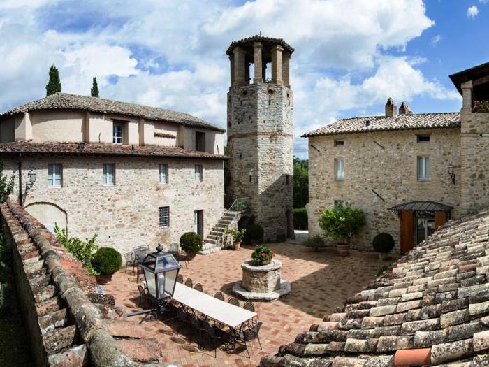Dimore storiche e vino, due eccellenze in un unico magico luogo: l'Italia