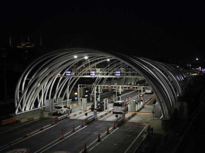 L'Eurasia Tunnel illuminato da iGuzzini
