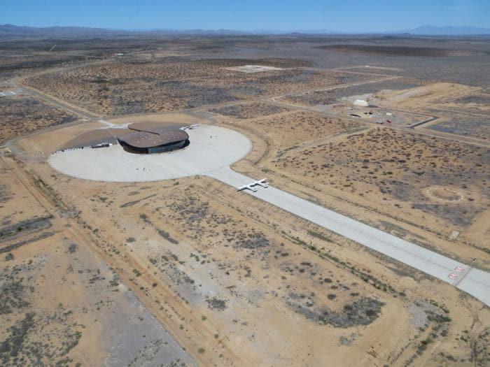 Le immagini di Spaceport  America e della Virgin Galactic