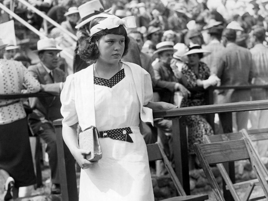 Gloria Vanderbilt nel giugno del 1937 (Afp)