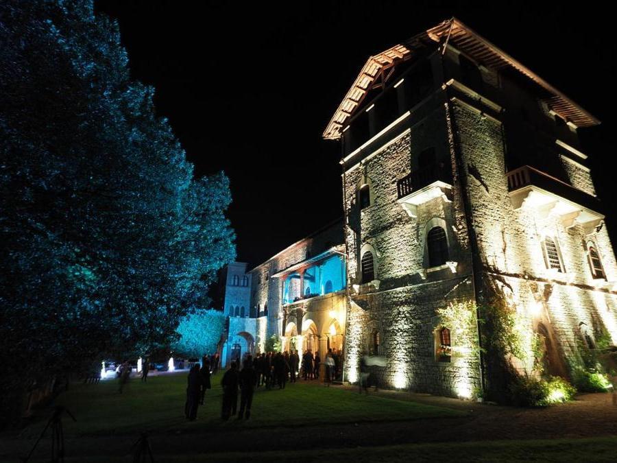 Castello Monte Vibiano Vecchio di Marsciano (Pg) propone una raccolta notturna