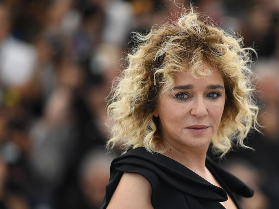 L'attrice italiana, Valeria Golino.  (Photo by Loic Venance / AFP)