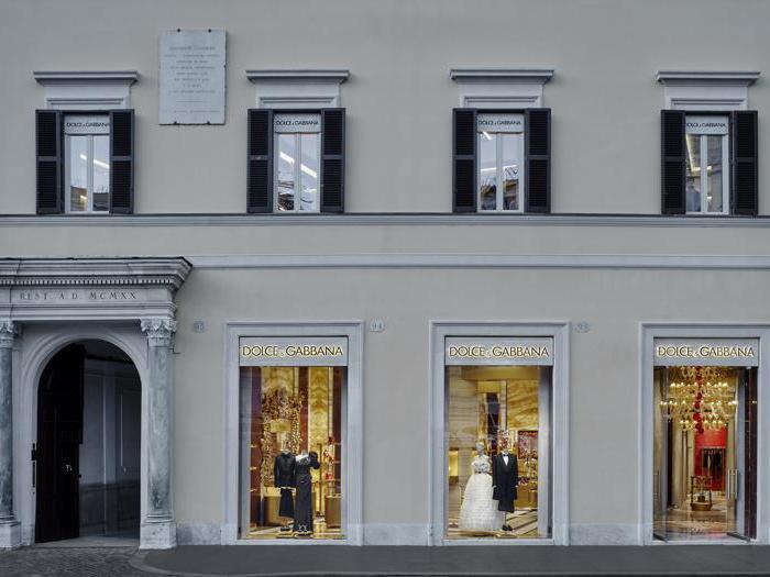 Dolce&Gabbana, la sontuosità di Roma nella nuova boutique di Piazza di Spagna