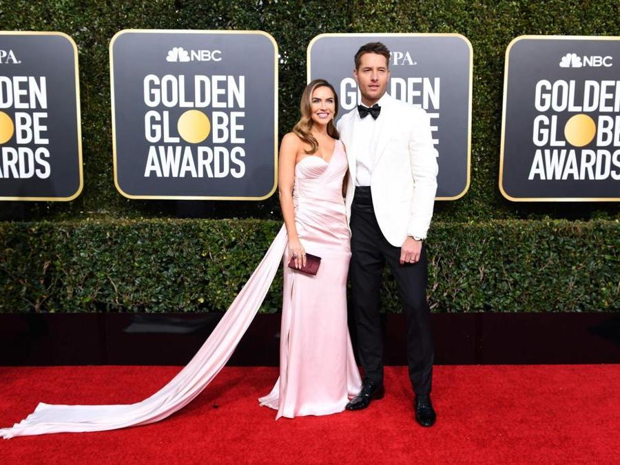 Justin Hartley e Chrishell Stause (Photo by VALERIE MACON / AFP)