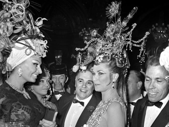 Grace di Monaco, una mostra Dior racconta come l'attrice diventò principessa