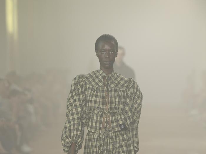 La moda secondo l'arte di Sterling Ruby