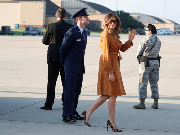 Melania d'Africa: lo stile colonial-chic della First Lady