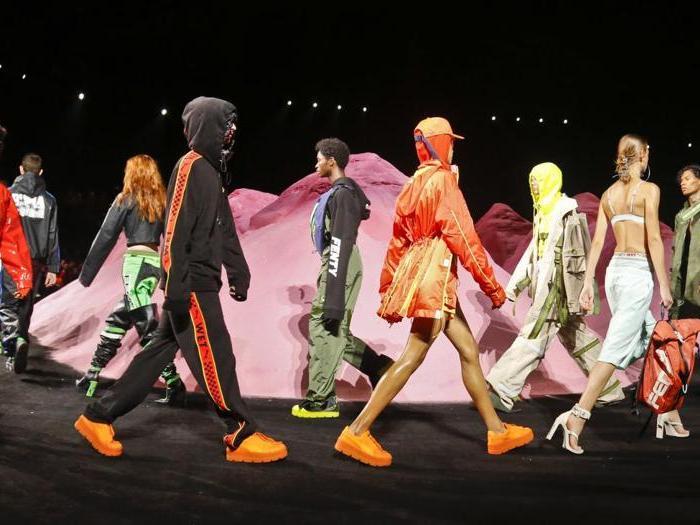 New York, spettacolo fluo con la linea Puma firmata Rihanna per la P-E 2018