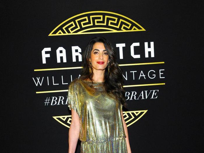 Premi, canzoni e red carpet: il 2017 è stato l'anno di Versace