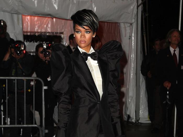 Rihanna, da star della musica a regina della moda