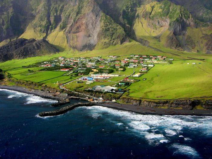 Viaggio nelle isole più remote del mondo