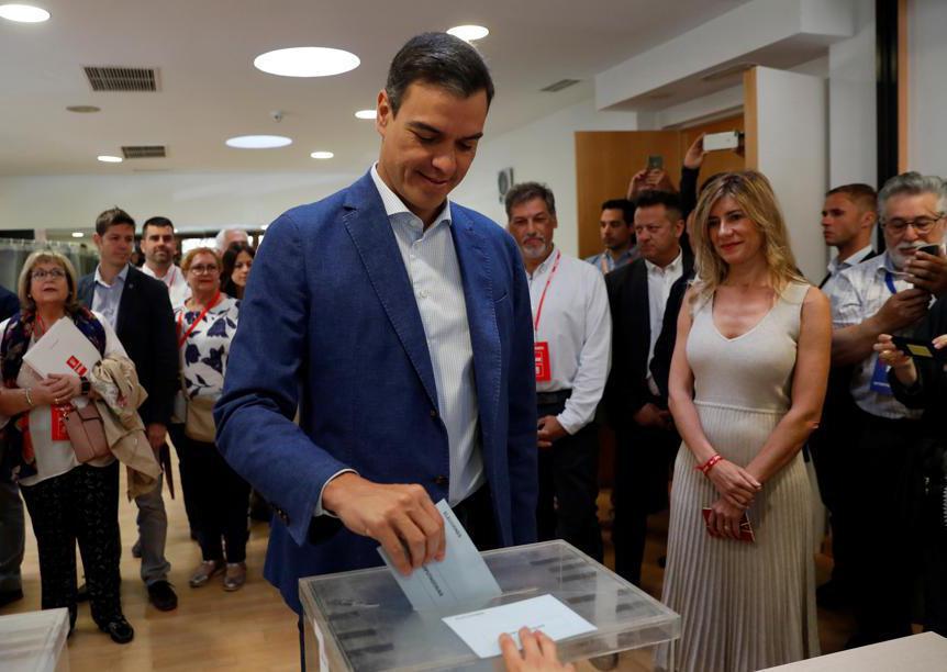 Il primo ministro  spagonlo Pedro Sanchez (Reuters/Susana Vera)