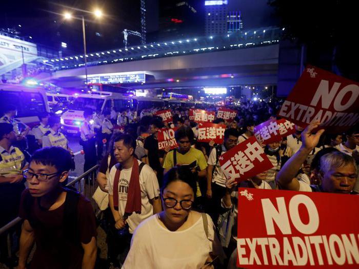 Hong Kong, un milione in piazza contro la legge sull'estradizione forzata in Cina