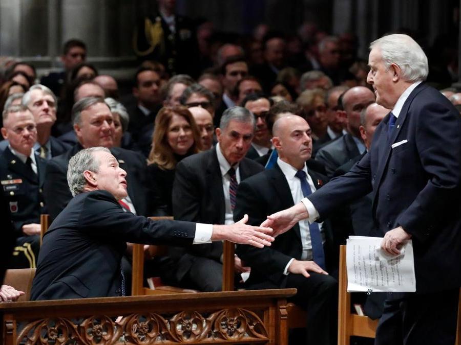 Il Primo Ministro canadese  Brian Mulroney (Photo by Alex Brandon / POOL / AFP)