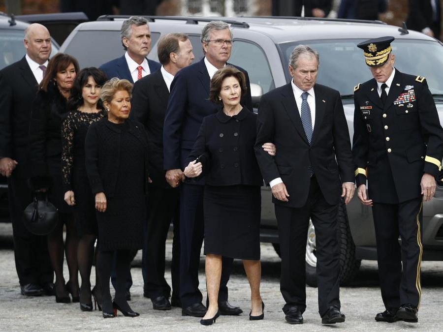 La famiglia Bush (AP Photo/Patrick Semansky)