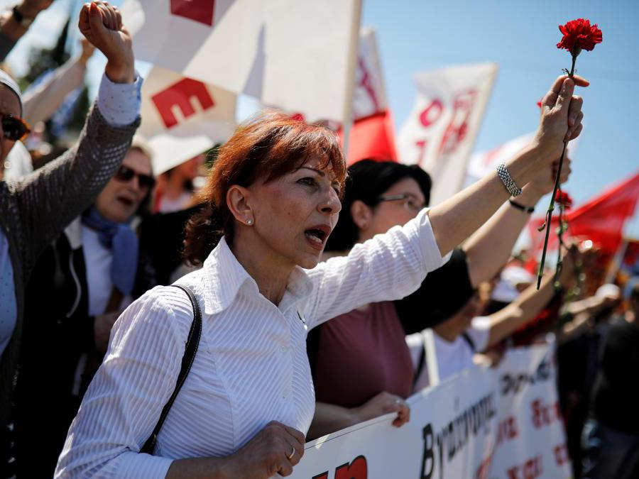 Primo maggio ad Atene. REUTERS/Alkis Konstantinidis