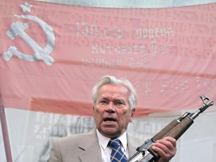 Kalashnikov:  mitra, vodka e auto elettriche