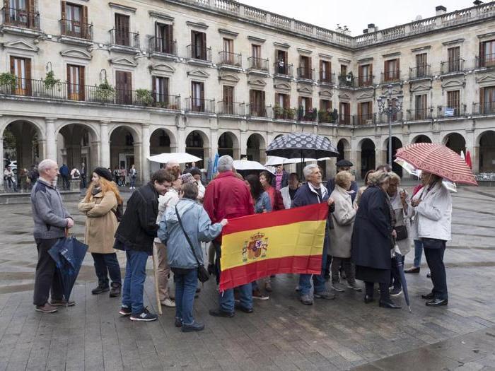 La Catalogna verso il referendum tra seggi occupati e controlli di polizia